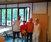 Doris Glunk und Wolfgang Laiblin bedankten sich bei Manfred Maurer für seine geleistete Arbeit als Abteilungsleiter bzw. stellv. SG-Leiter.